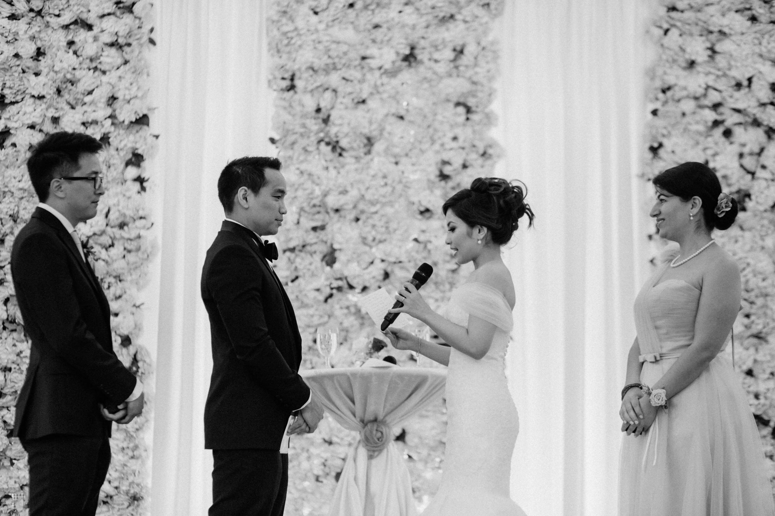 singapore-wedding-photographer-cheryl-matthew-fullerton-hotel-wedding-58.jpg