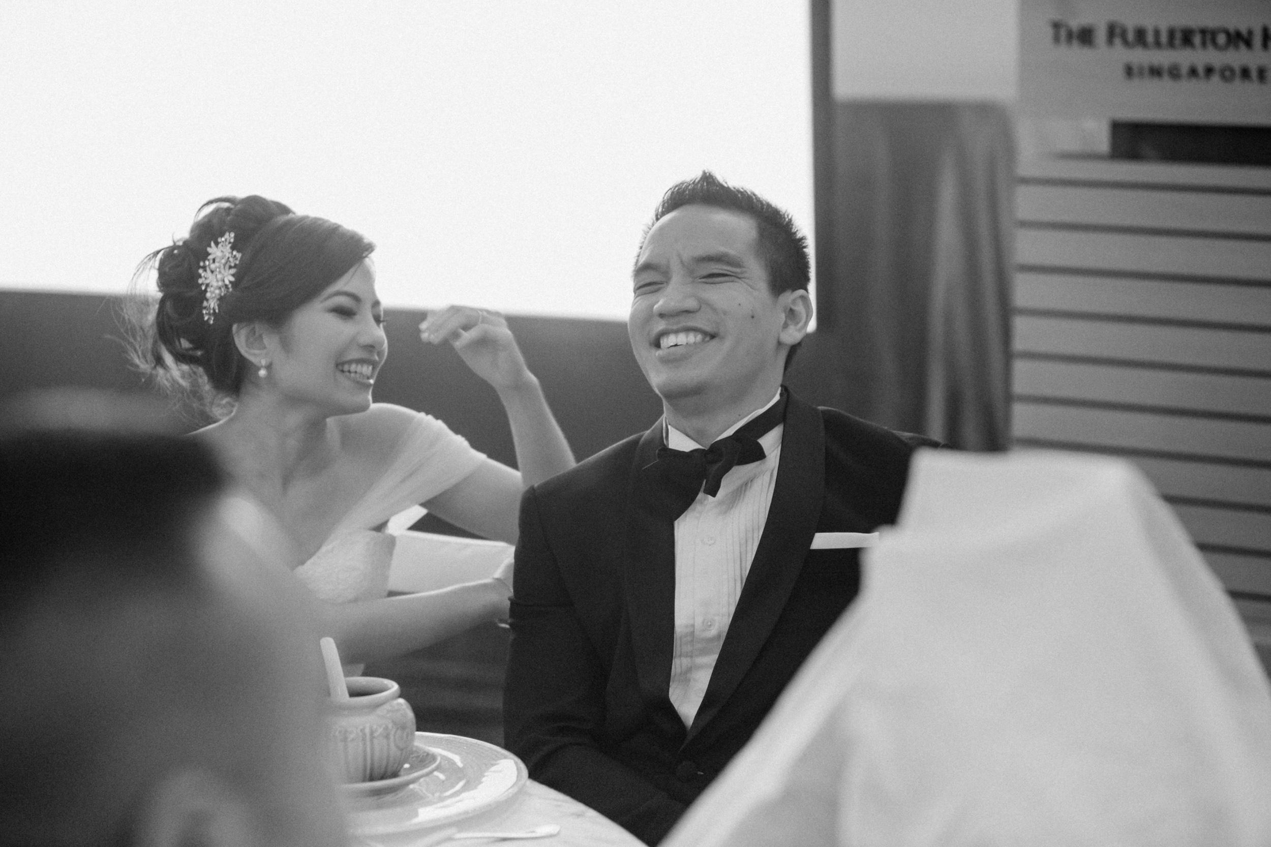 singapore-wedding-photographer-cheryl-matthew-fullerton-hotel-wedding-62.jpg
