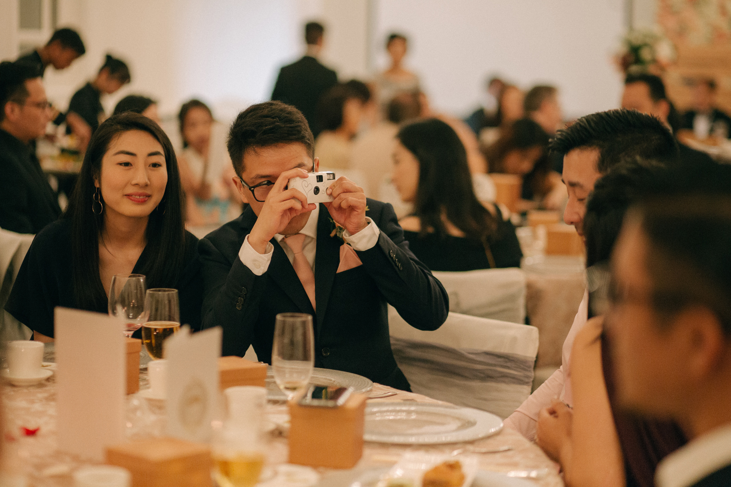 singapore-wedding-photographer-cheryl-matthew-fullerton-hotel-wedding-64.jpg