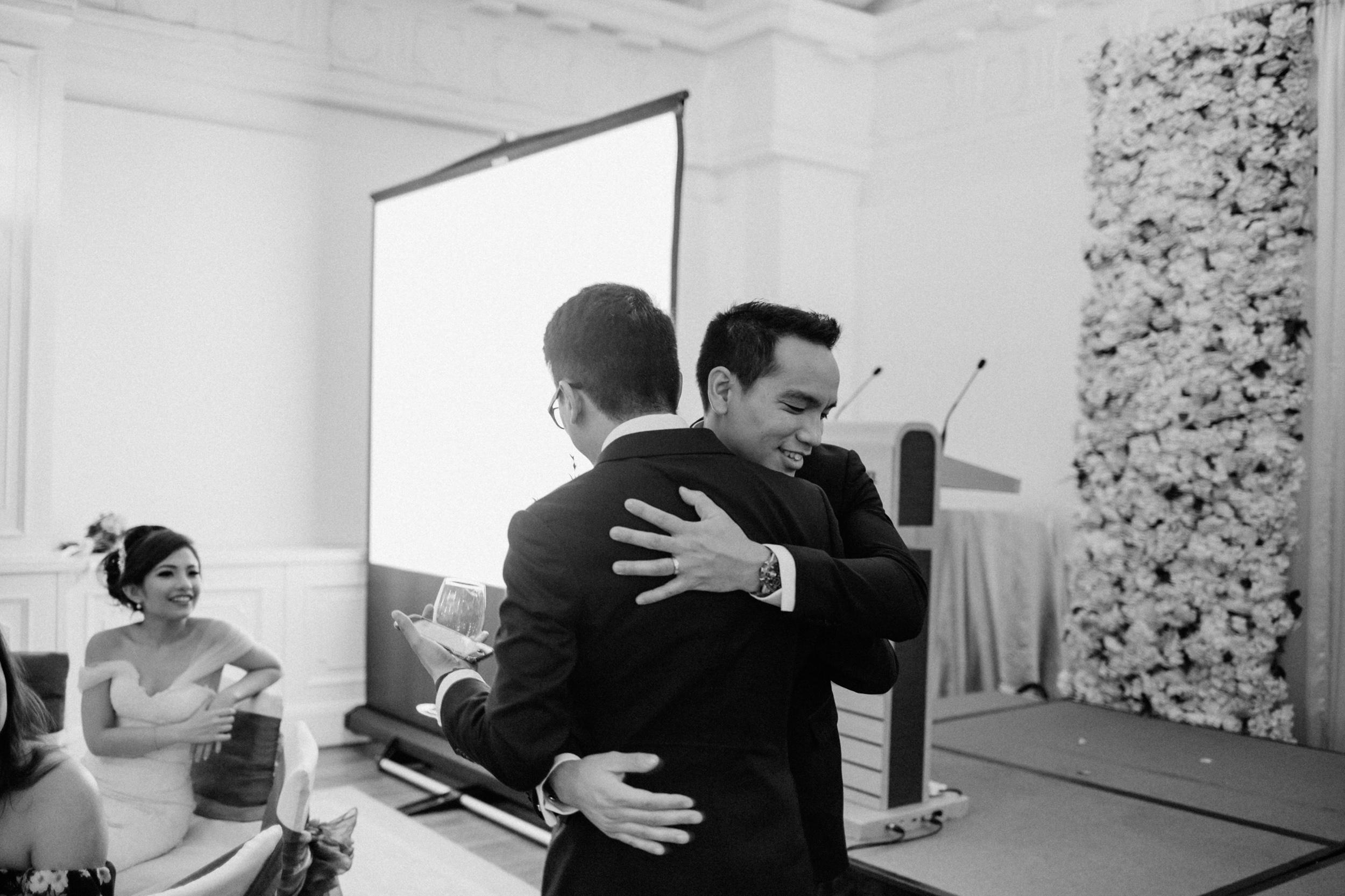 singapore-wedding-photographer-cheryl-matthew-fullerton-hotel-wedding-66.jpg