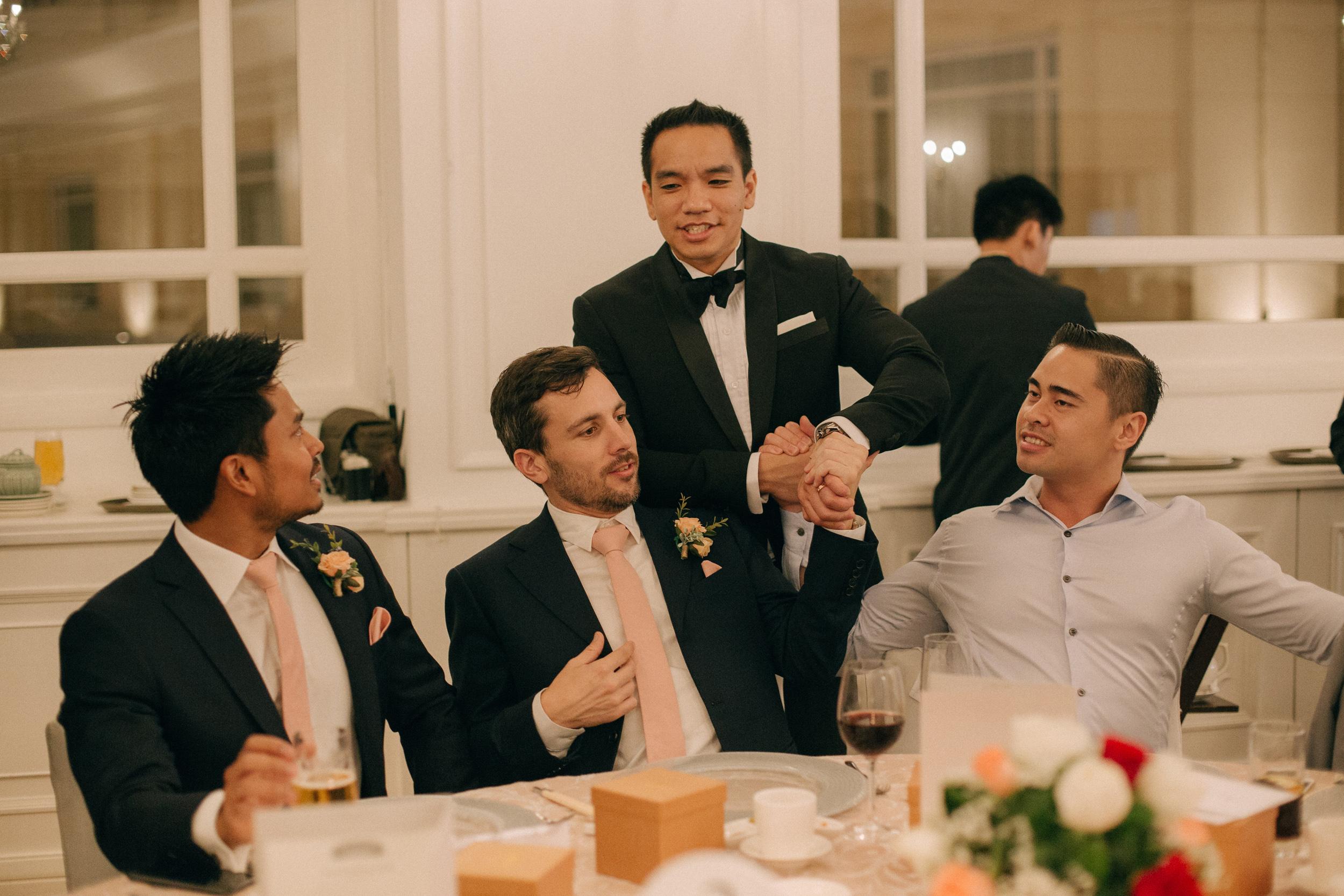 singapore-wedding-photographer-cheryl-matthew-fullerton-hotel-wedding-72.jpg