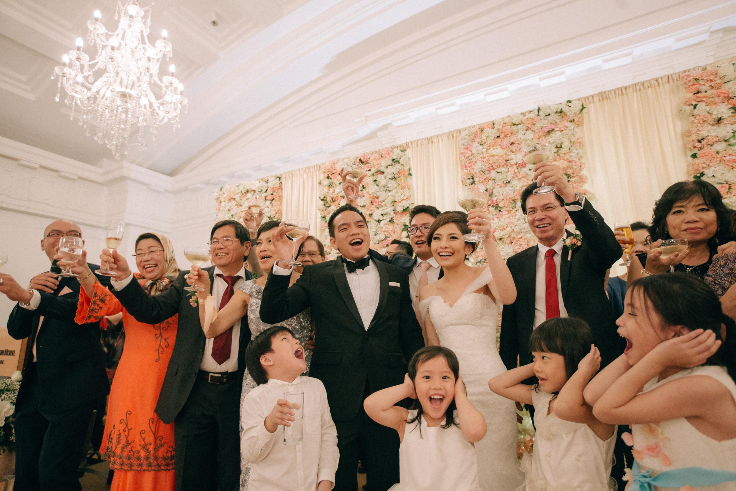 singapore-wedding-photographer-cheryl-matthew-fullerton-hotel-wedding-75.jpg
