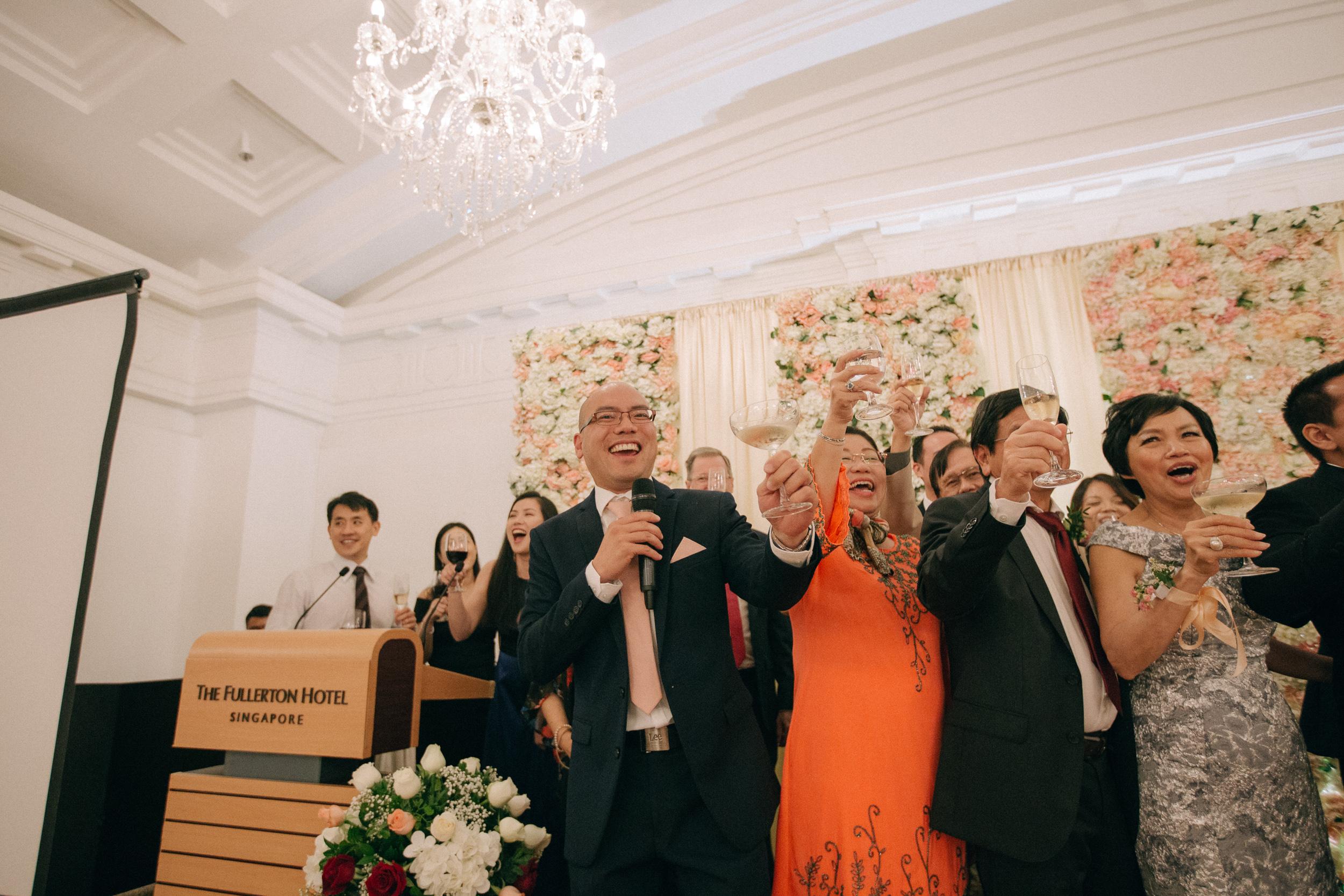 singapore-wedding-photographer-cheryl-matthew-fullerton-hotel-wedding-76.jpg