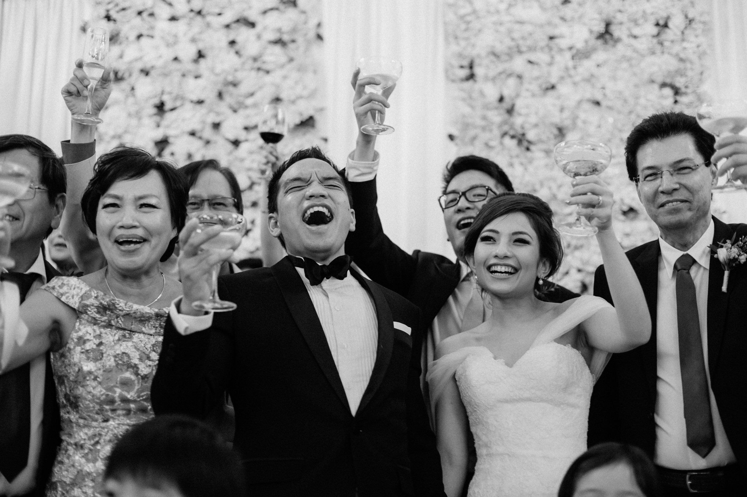 singapore-wedding-photographer-cheryl-matthew-fullerton-hotel-wedding-78.jpg