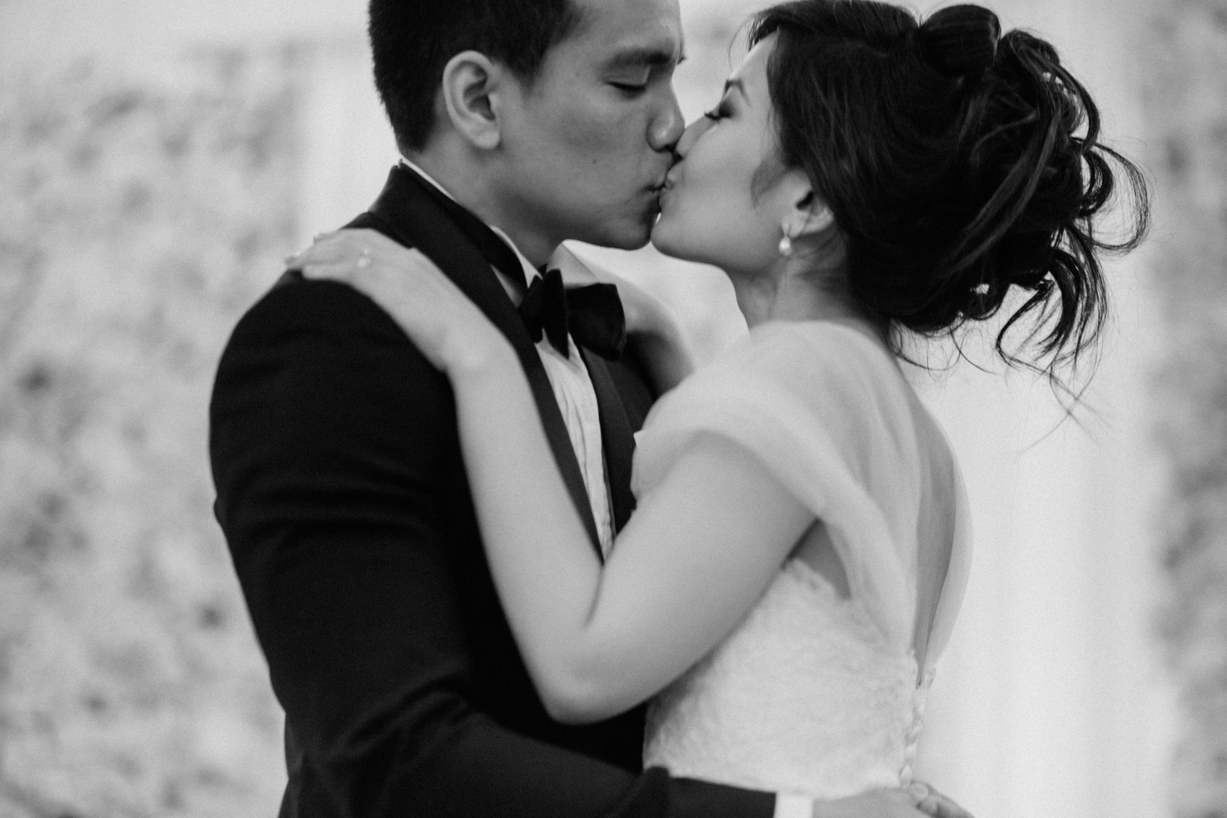 singapore-wedding-photographer-cheryl-matthew-fullerton-hotel-wedding-82.jpg