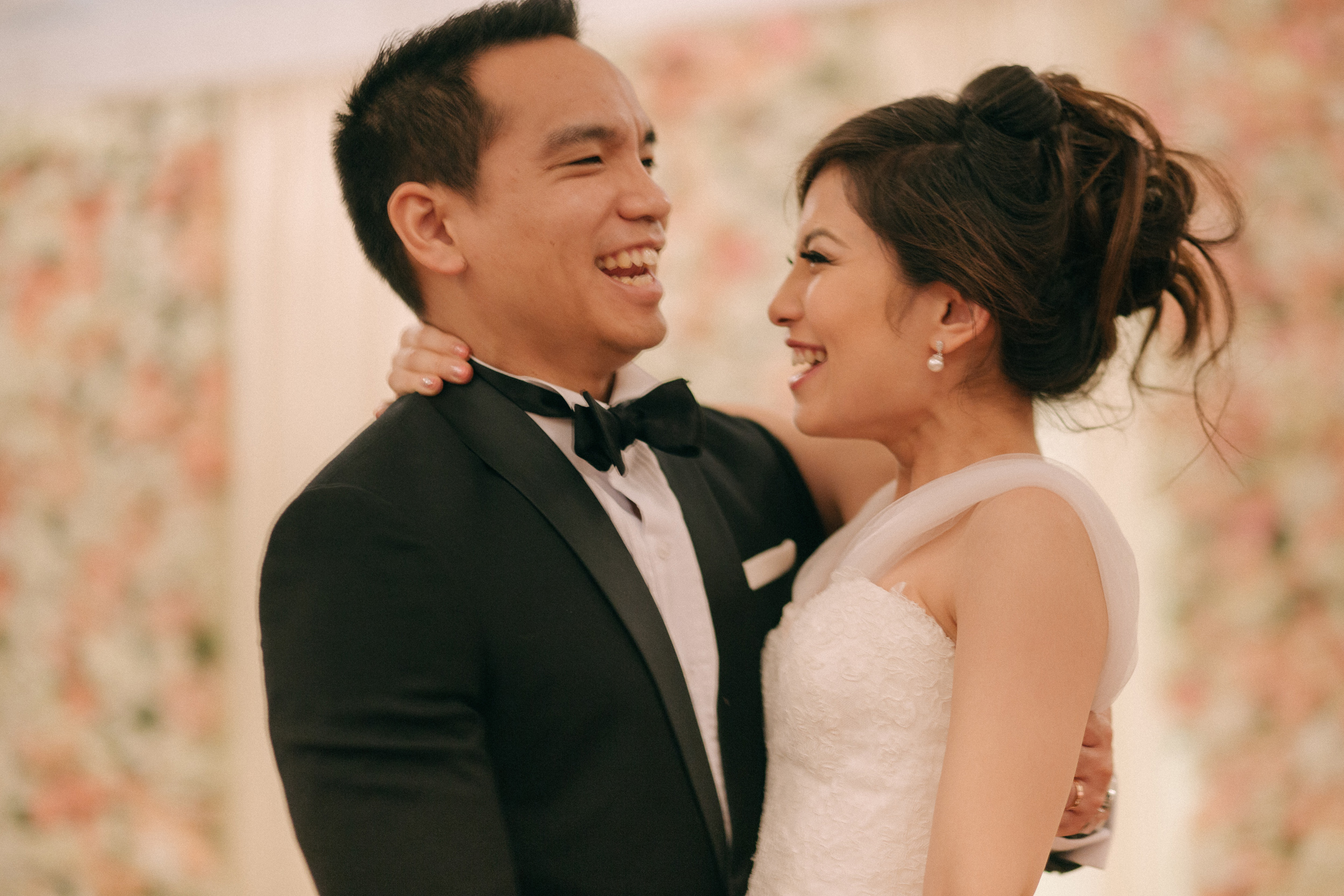 singapore-wedding-photographer-cheryl-matthew-fullerton-hotel-wedding-83.jpg