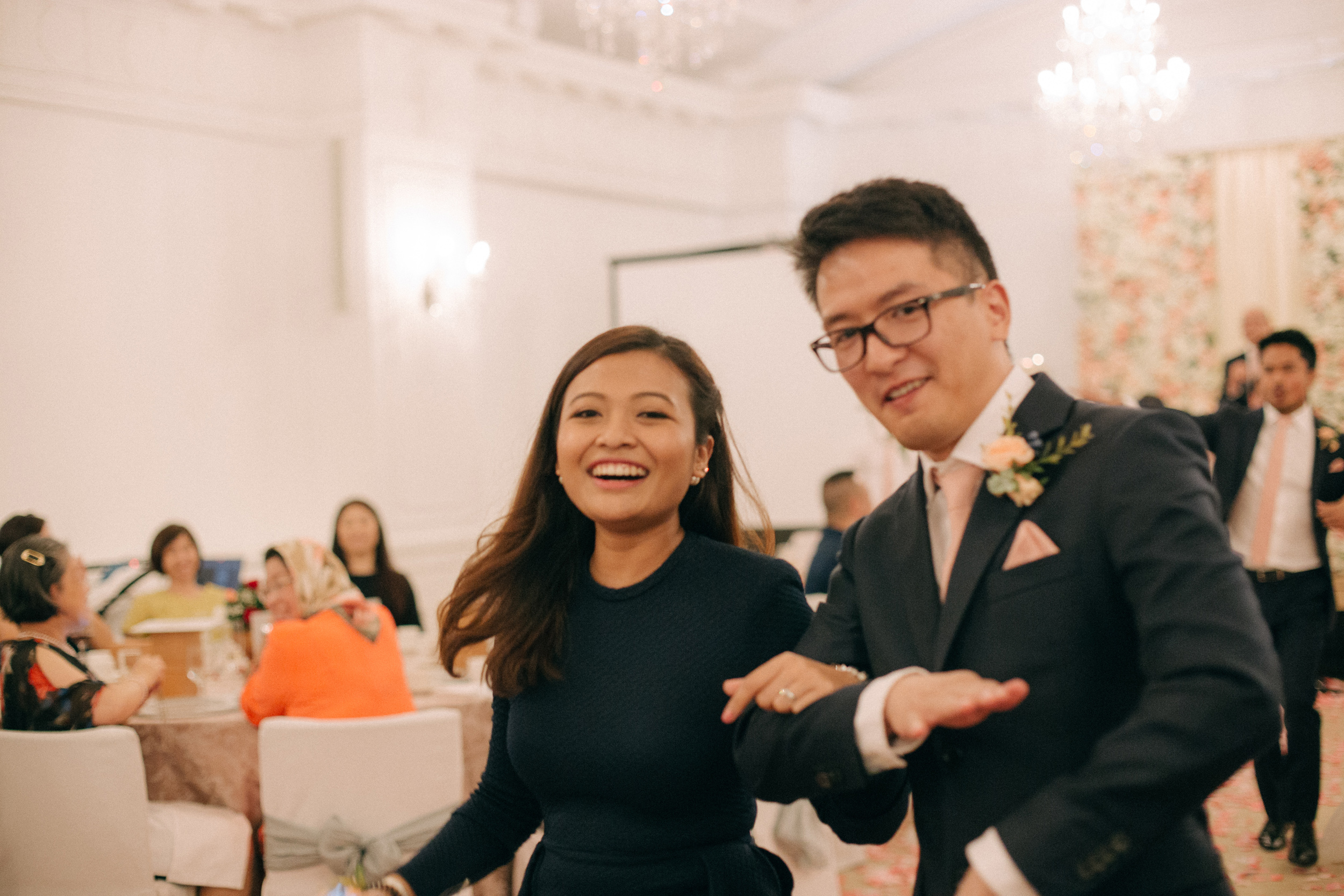 singapore-wedding-photographer-cheryl-matthew-fullerton-hotel-wedding-86.jpg