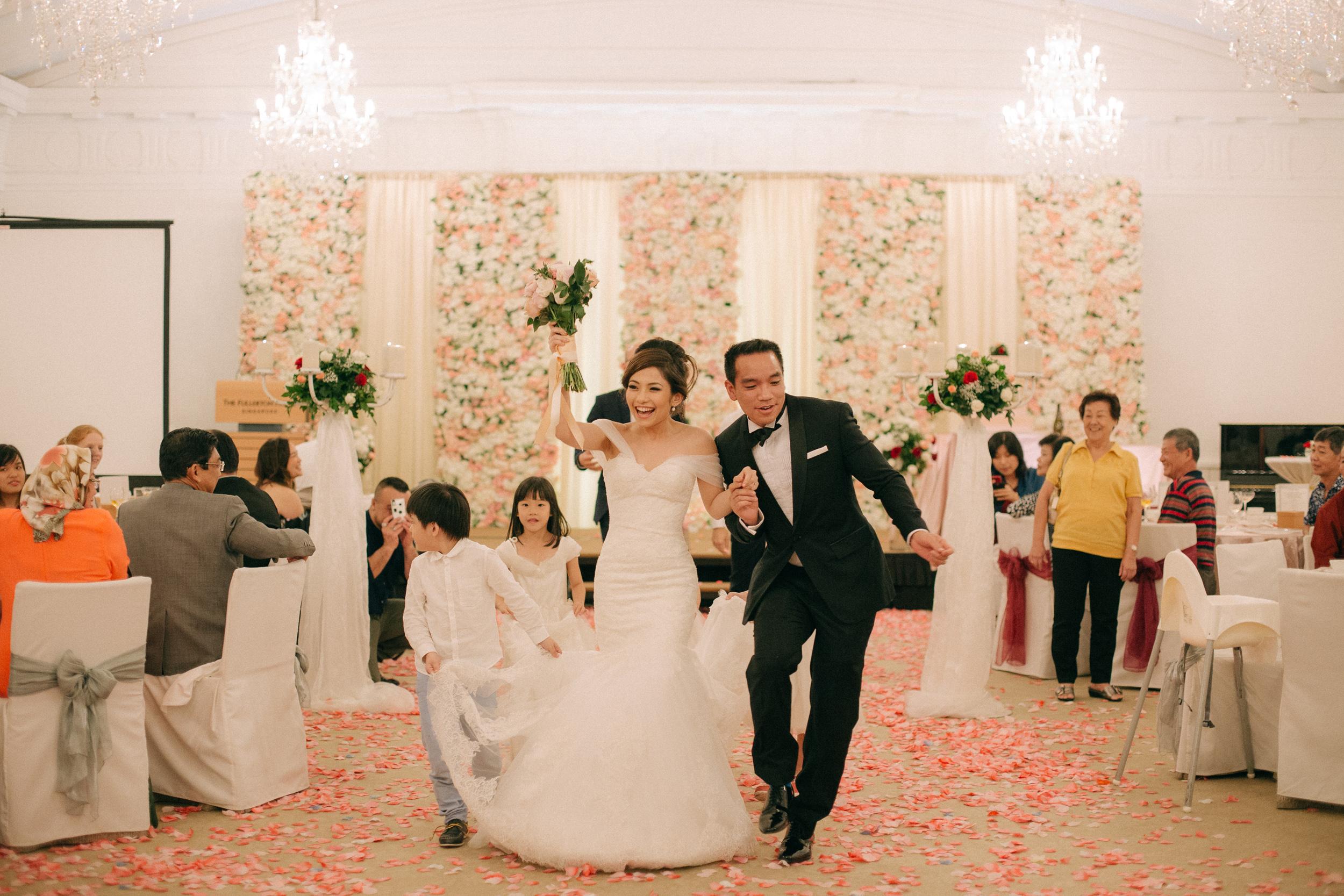 singapore-wedding-photographer-cheryl-matthew-fullerton-hotel-wedding-88.jpg