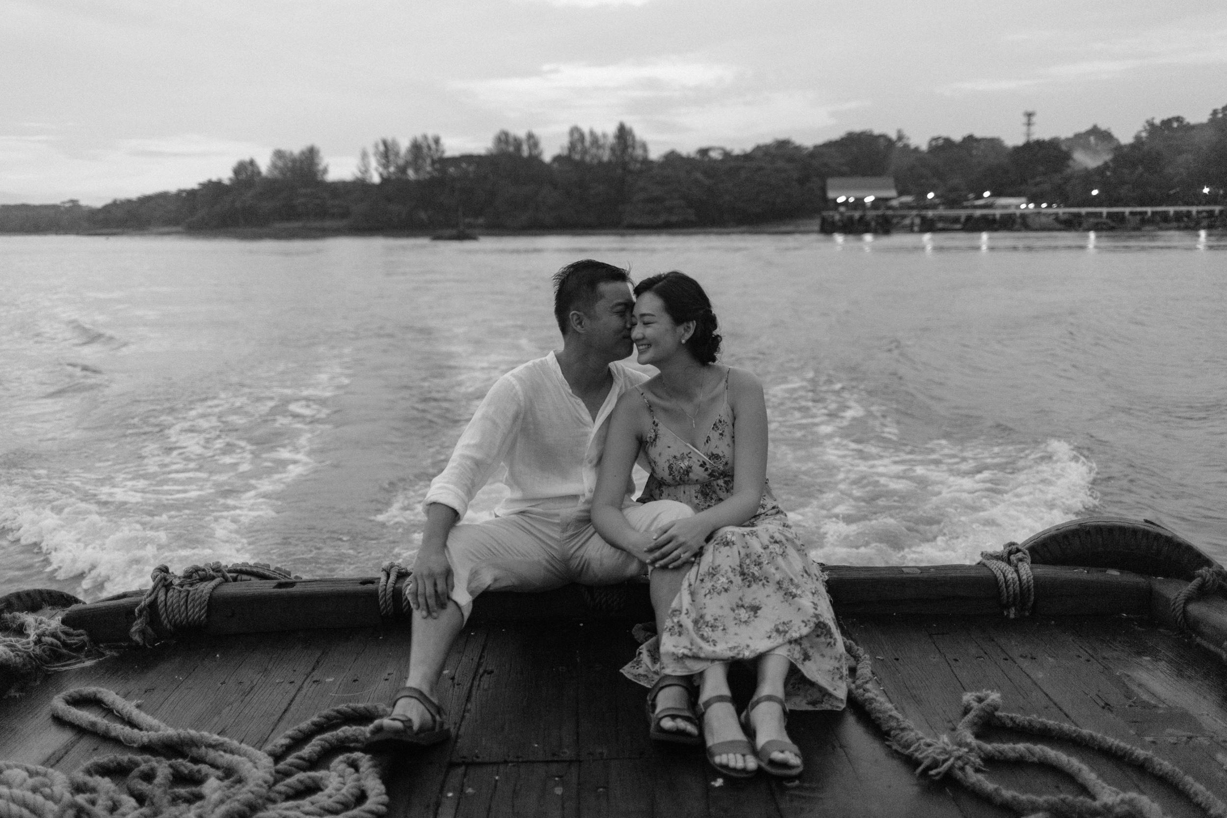 singapore-wedding-photographer-wemadethese-junekit-kingslin-26.jpg