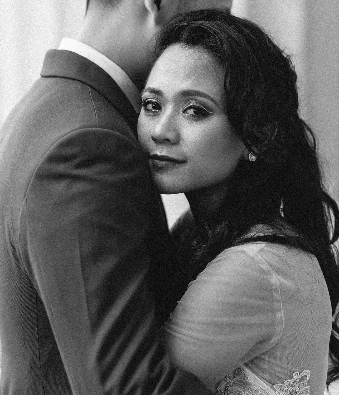 singapore-wedding-photographer-wemadethese-bw-001.jpg