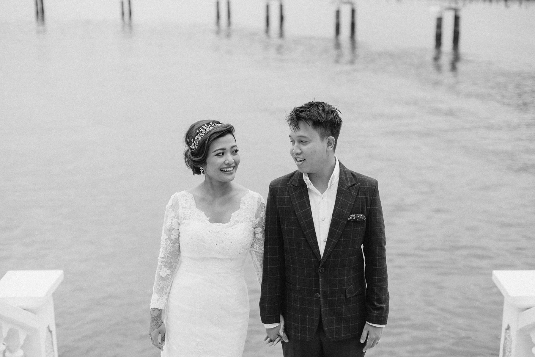 singapore-wedding-photographer-wemadethese-bw-004.jpg