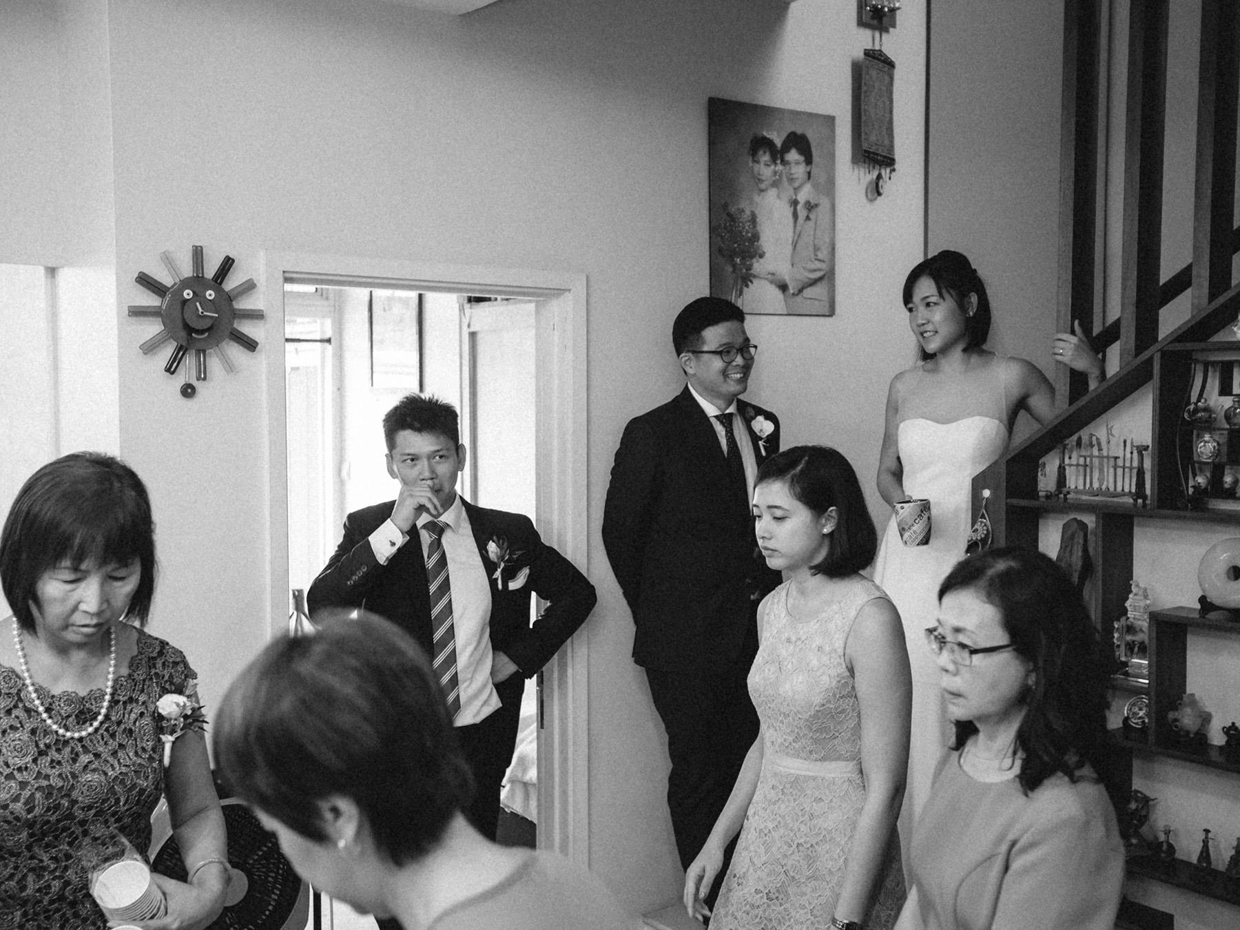 singapore-wedding-photographer-wemadethese-bw-002.jpg