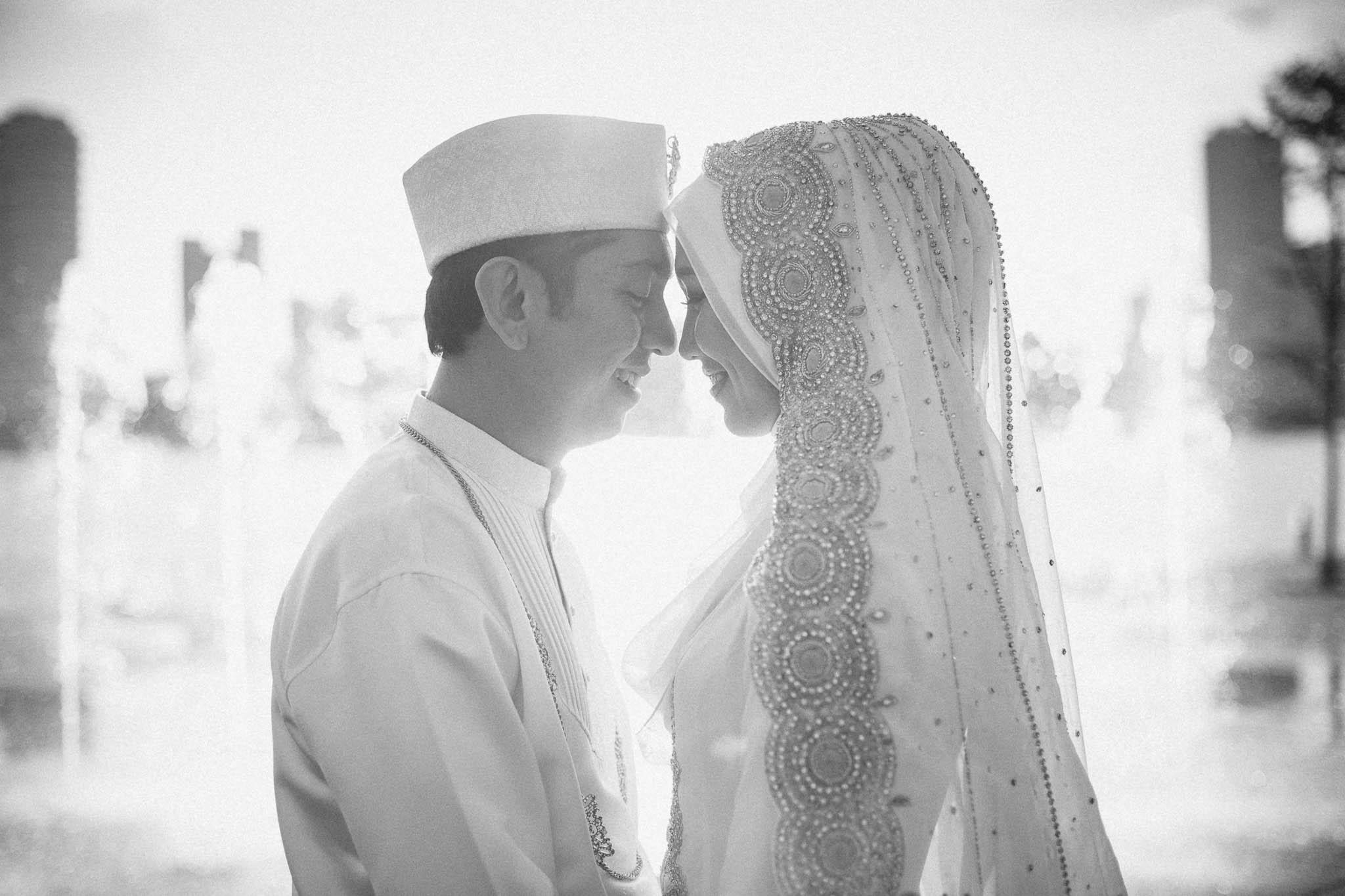 singapore-wedding-photographer-wemadethese-bw-006.jpg