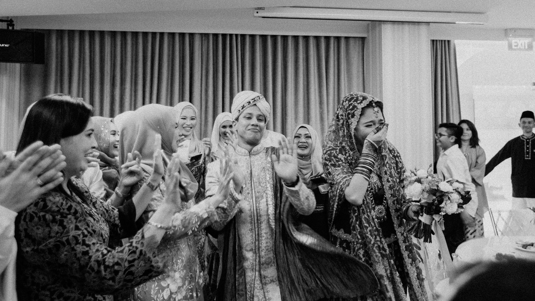 singapore-wedding-photographer-wemadethese-bw-007.jpg