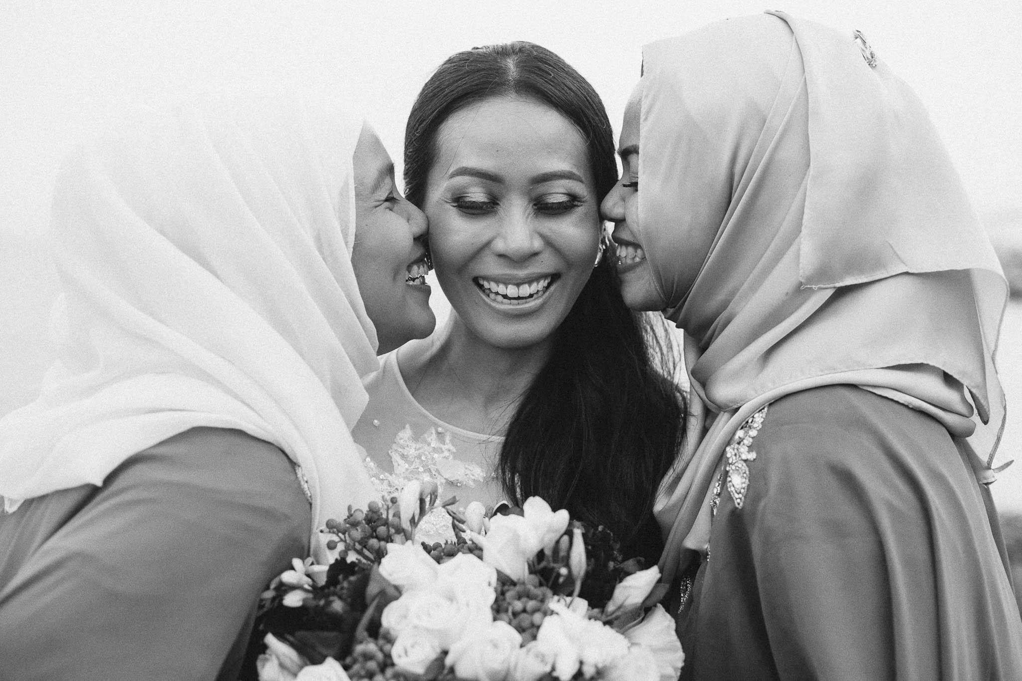 singapore-wedding-photographer-wemadethese-bw-022.jpg