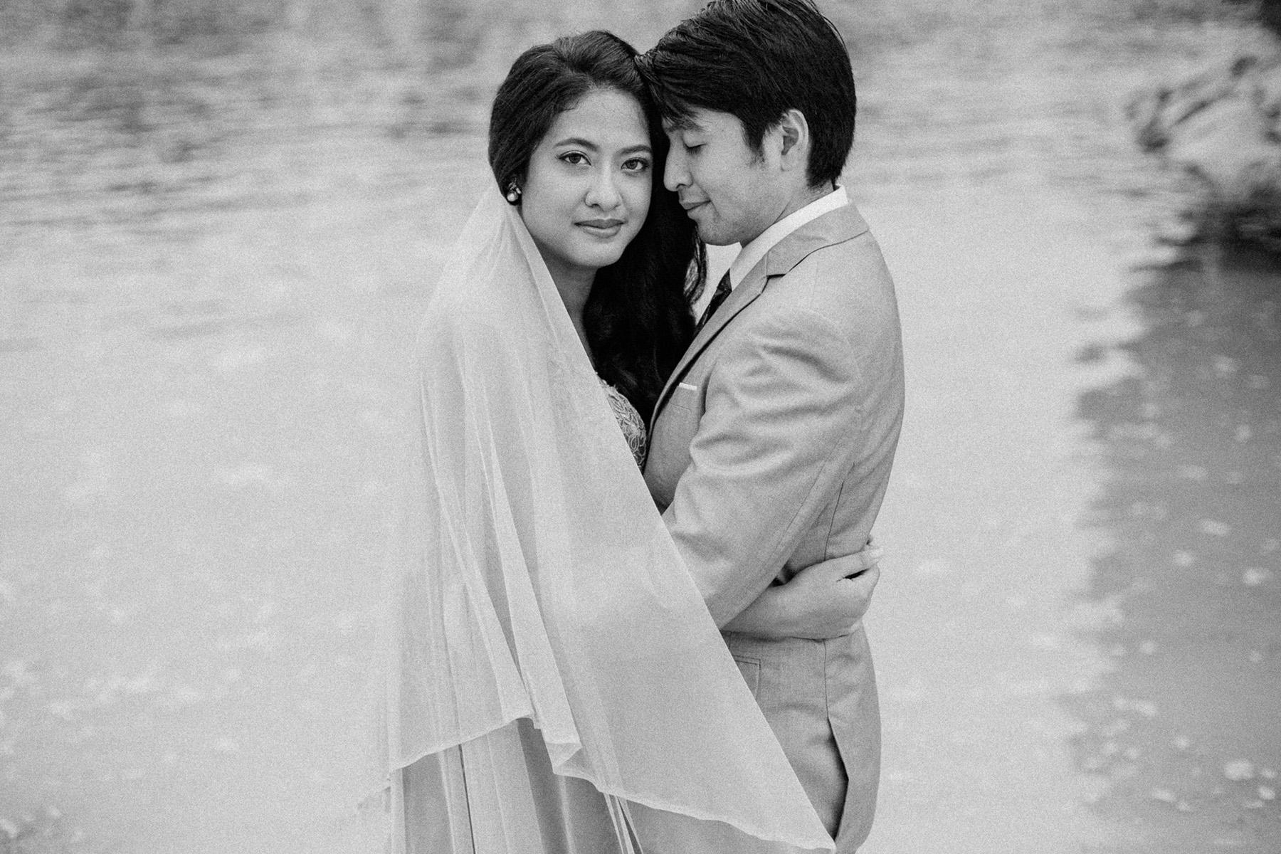 singapore-wedding-photographer-wemadethese-bw-023.jpg