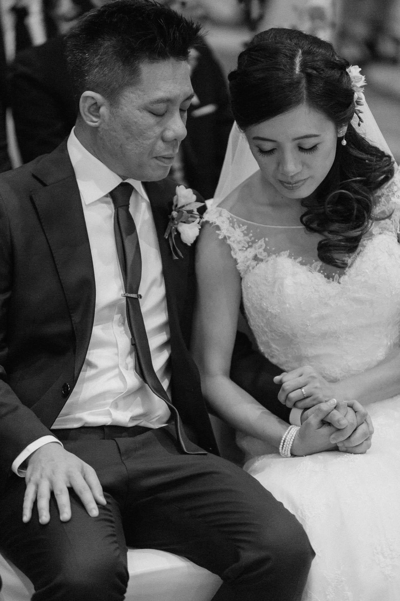 singapore-wedding-photographer-wemadethese-bw-036.jpg