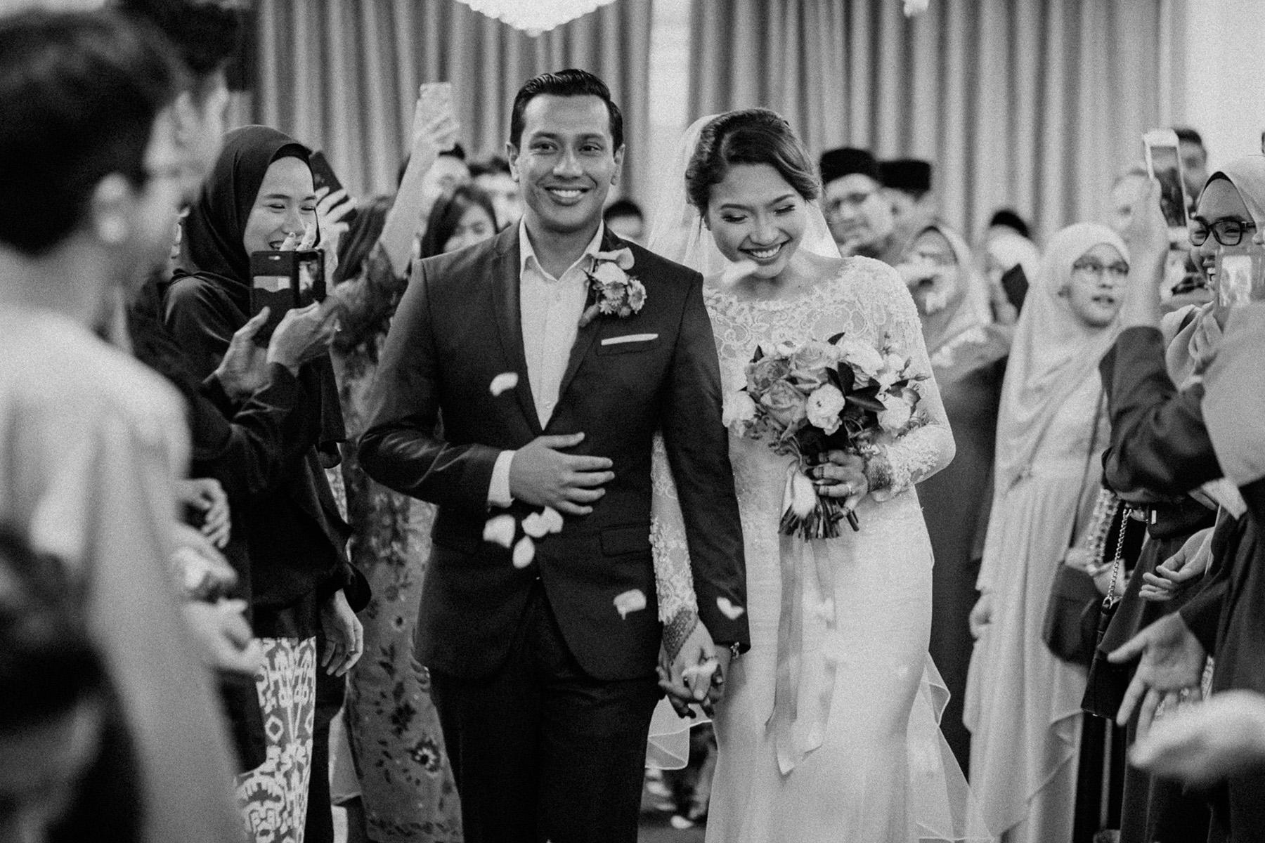 singapore-wedding-photographer-wemadethese-bw-037.jpg