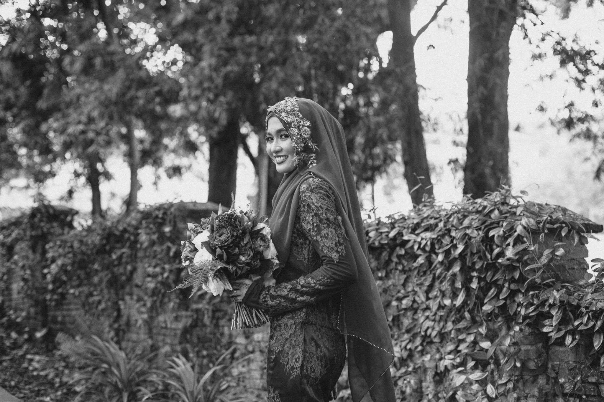 singapore-wedding-photographer-wemadethese-bw-042.jpg