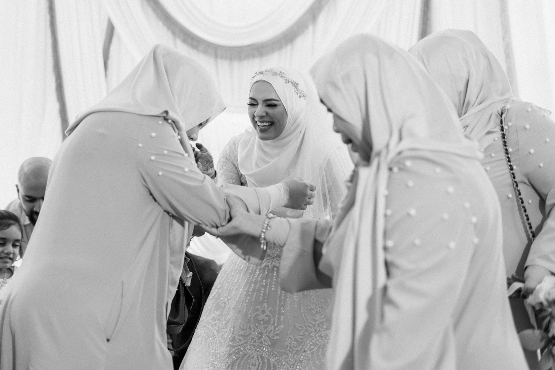 singapore-wedding-photographer-wemadethese-bw-049.jpg