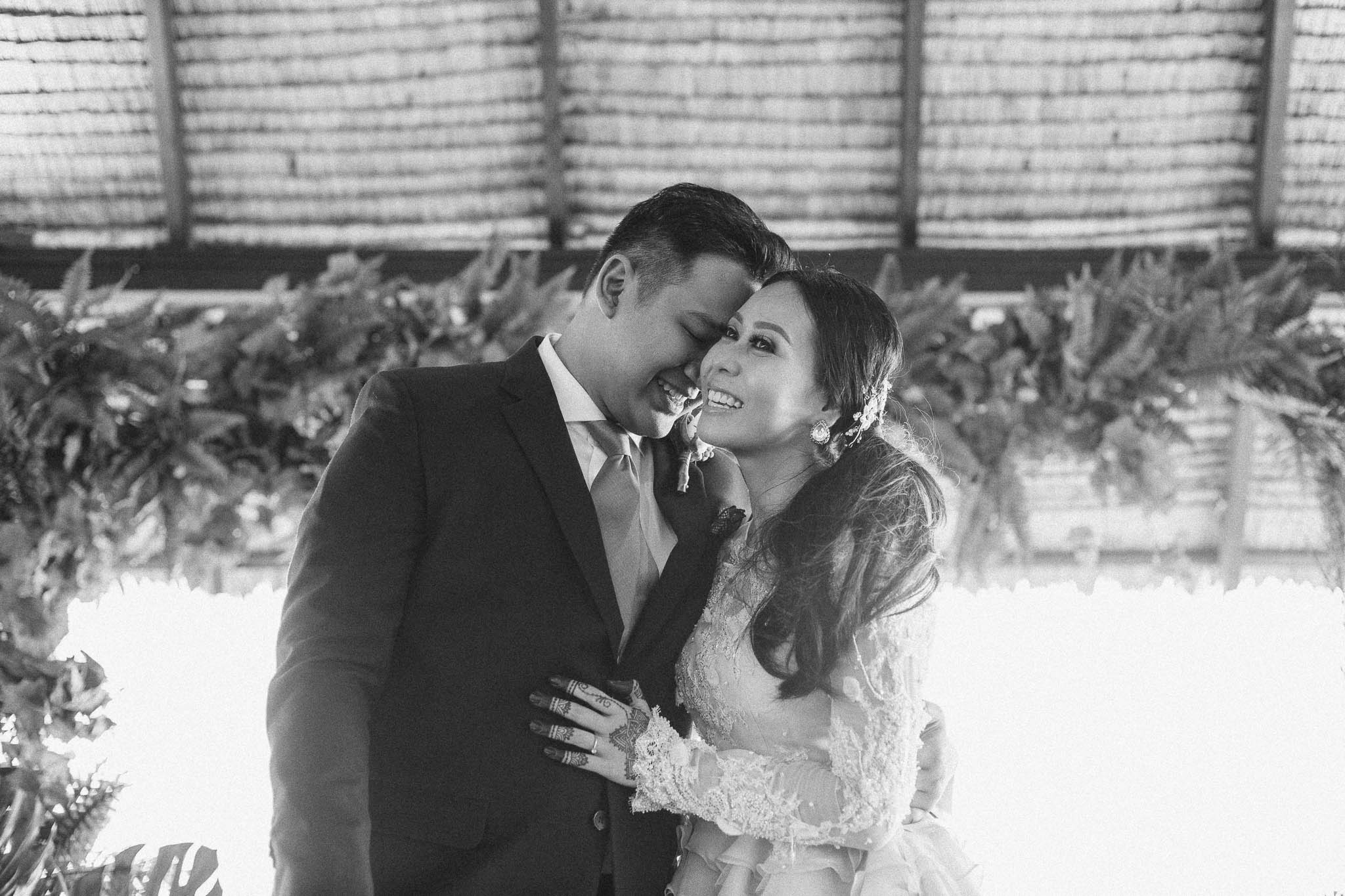 singapore-wedding-photographer-wemadethese-bw-056.jpg