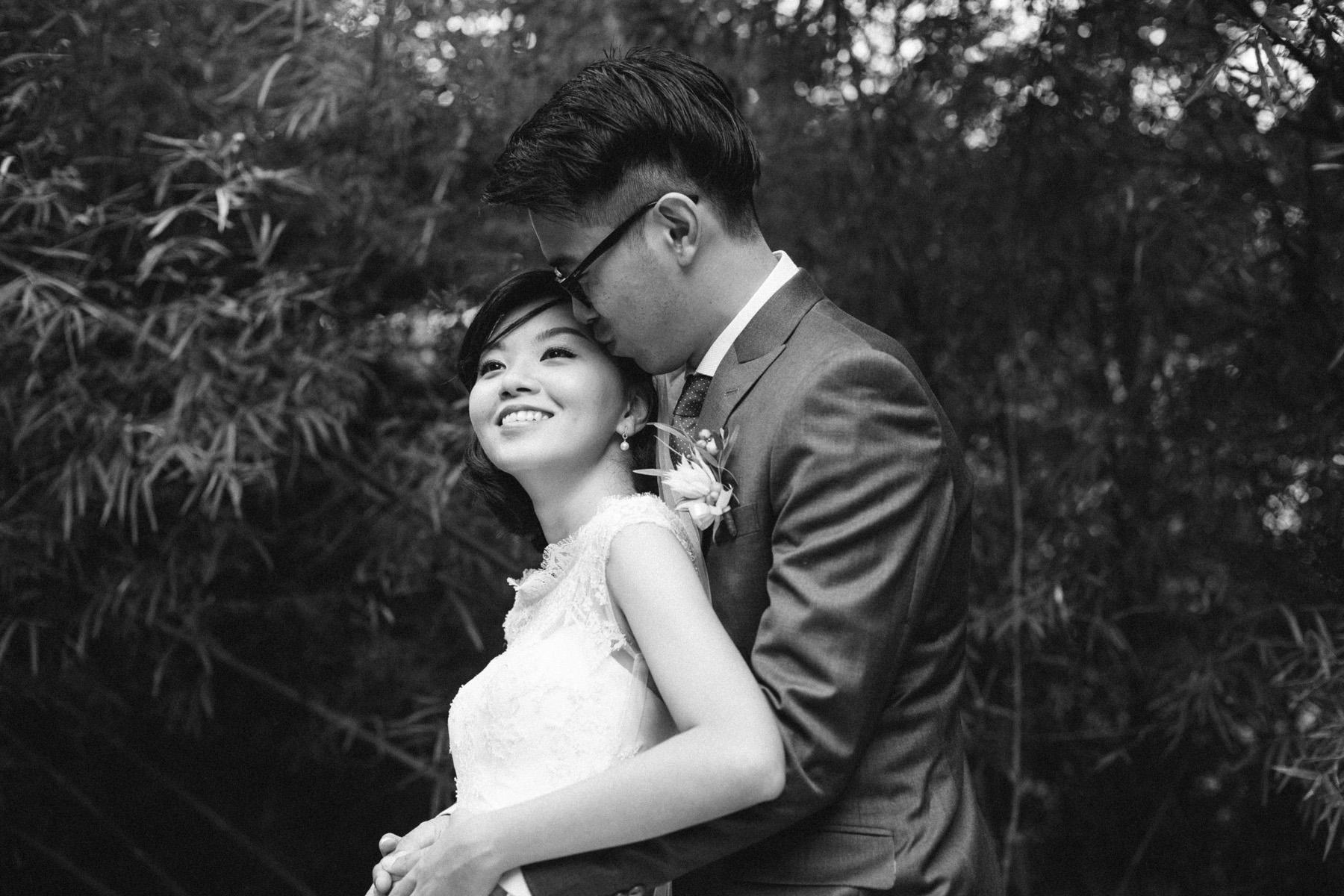singapore-wedding-photographer-wemadethese-bw-062.jpg