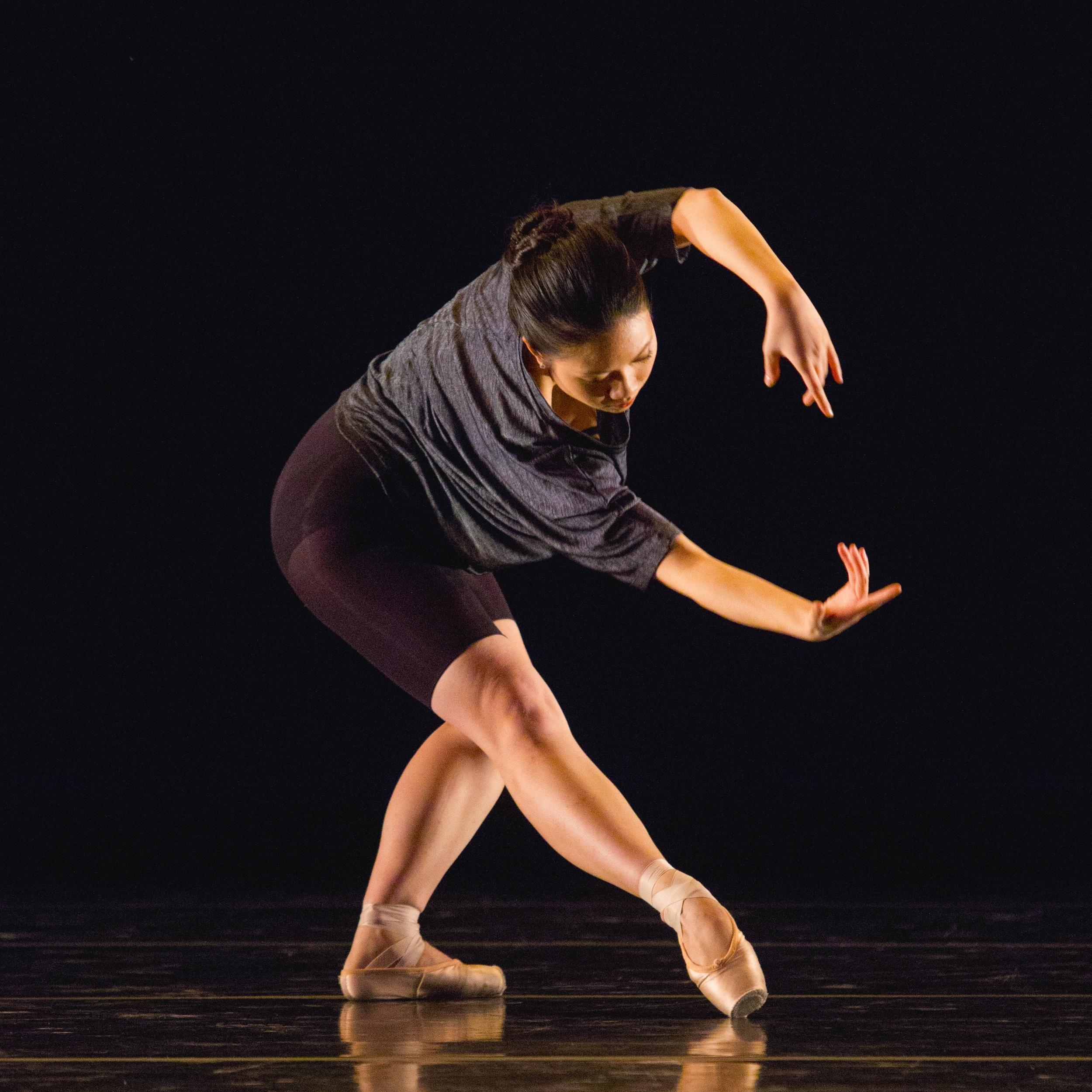 168414_november_dance022.jpg