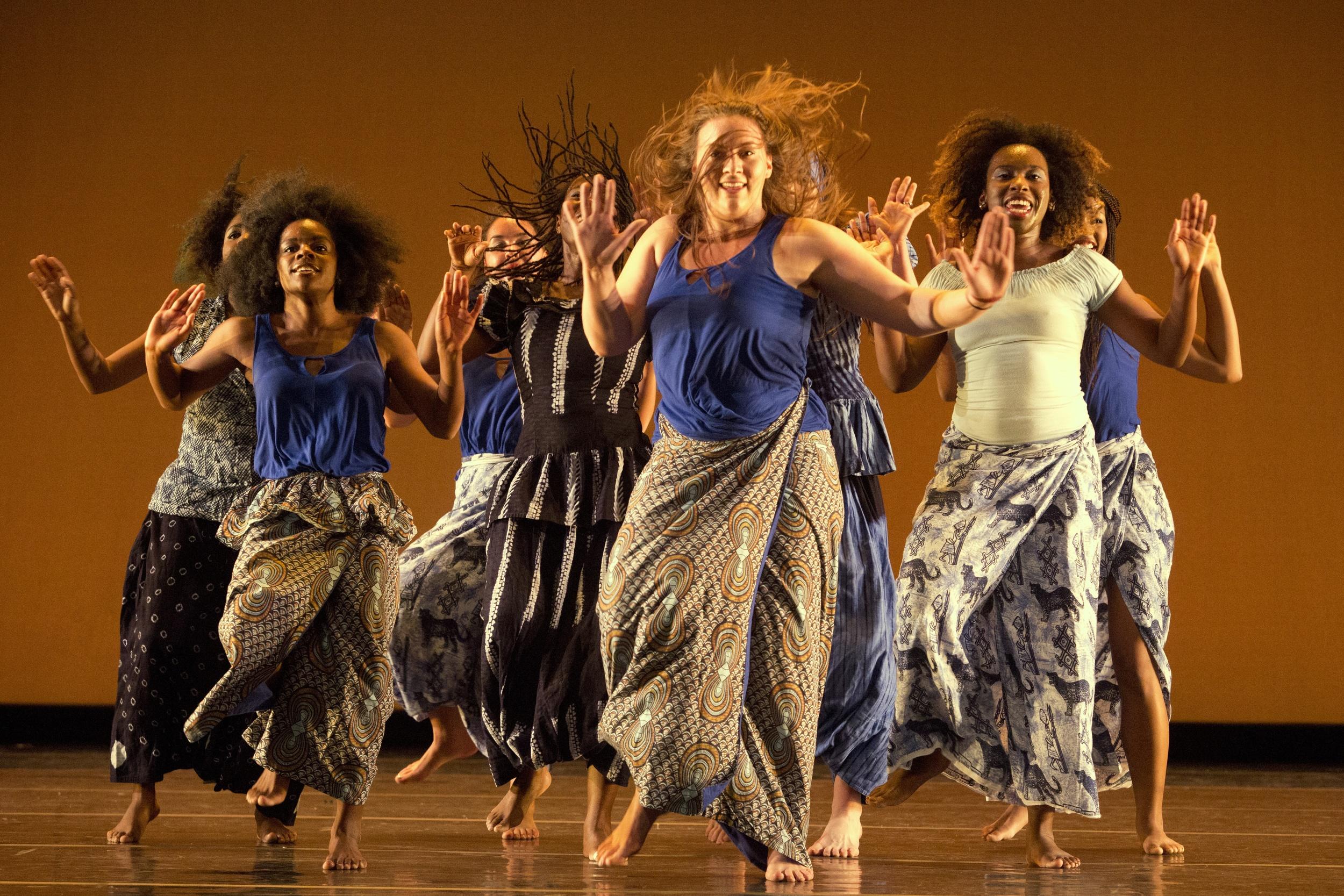168414_november_dance211.jpg