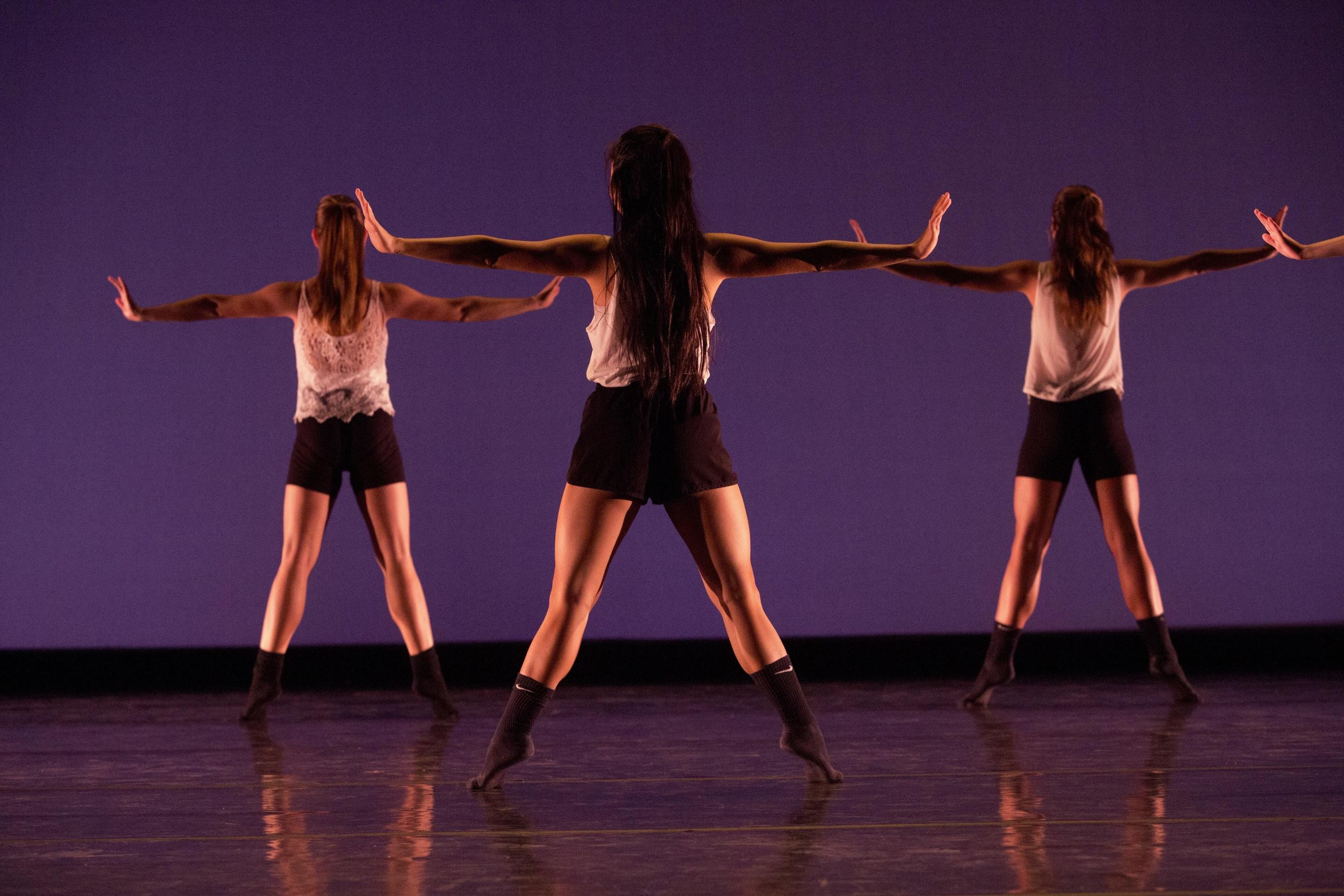 168414_november_dance298.jpg