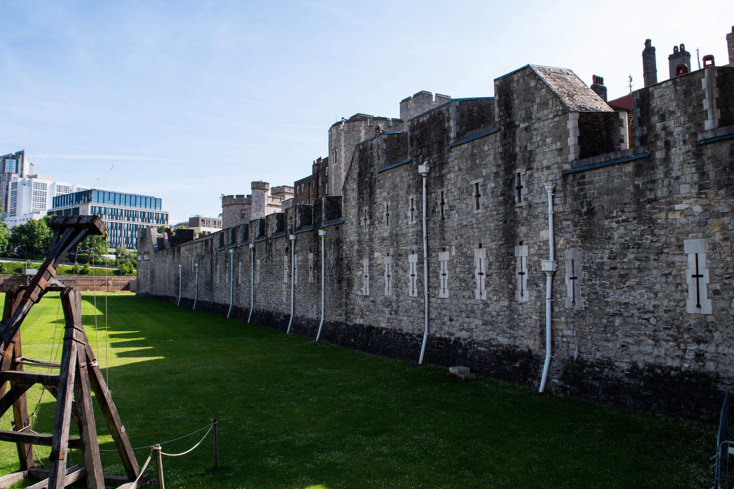 tower of london wall jpg.jpg