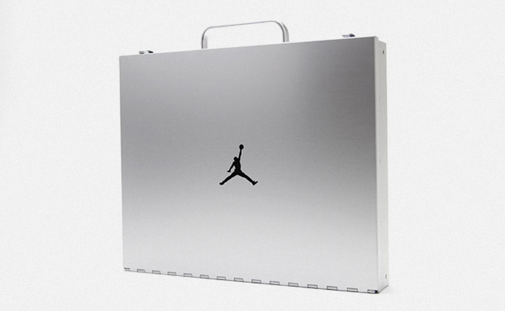 briefcase_photography_1.jpg