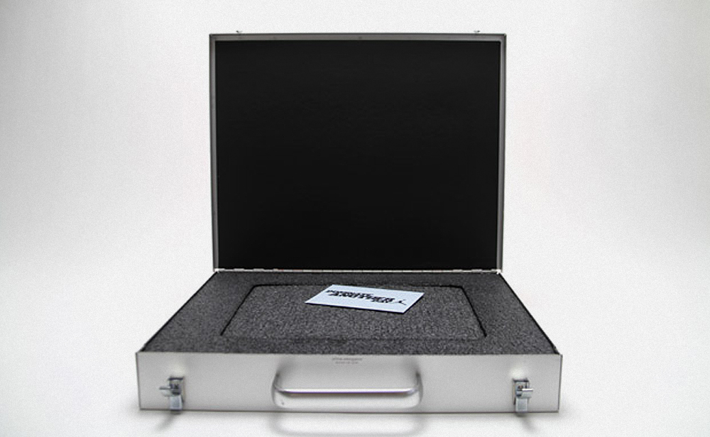 briefcase_photography_2.jpg