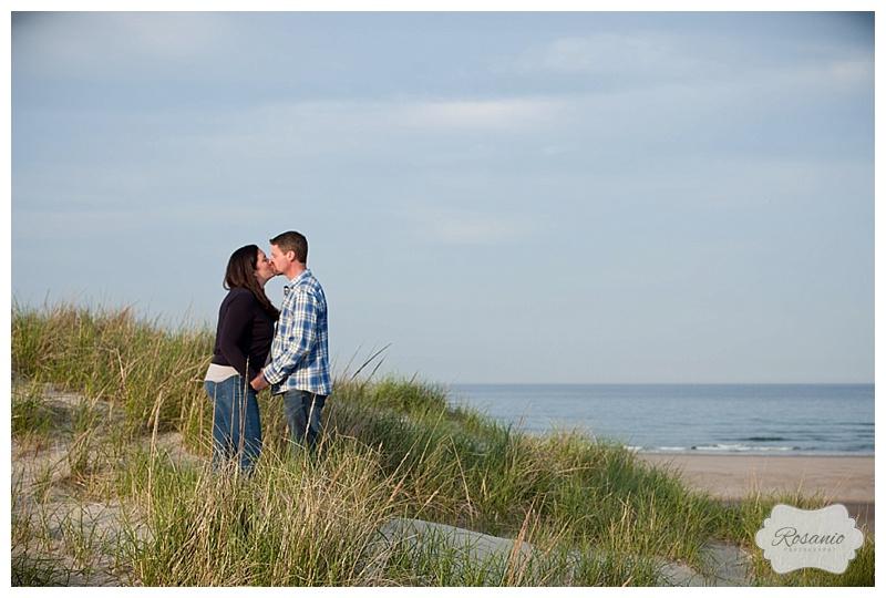 Rosanio Photography | Hampton Beach Engagement Session | New Hampshire Wedding and Engagement Photographer_0007.jpg
