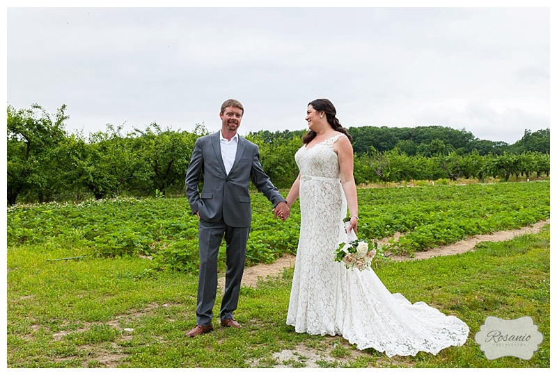 Rosanio Photography   Smolak Farms Wedding   Massachusetts Engagement and Wedding Photographer_0040.jpg