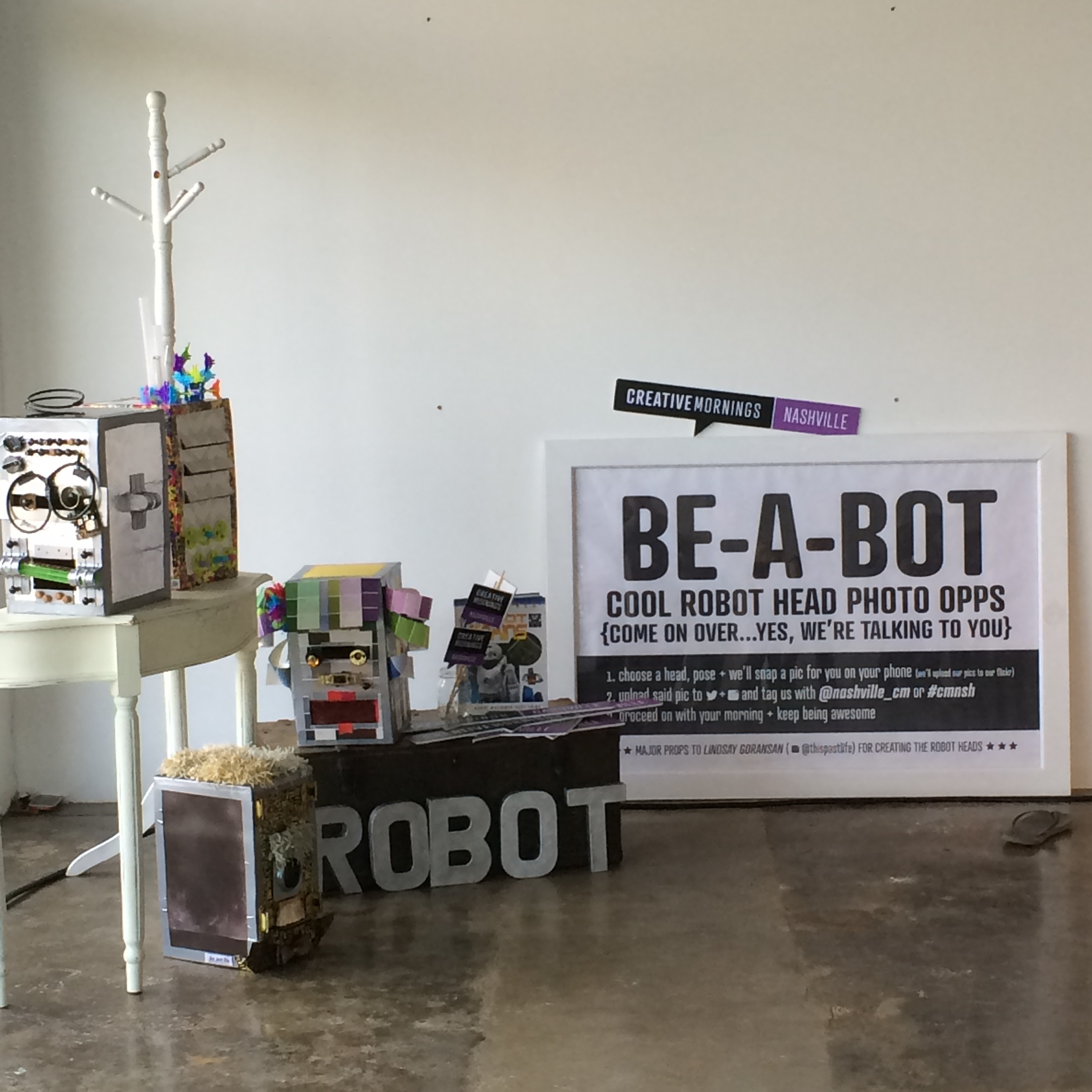 Build-A-Bot signage +  pre lecture activity (heads created by CM team member Lindsay Goransan) May 2015 | Theme: Robot