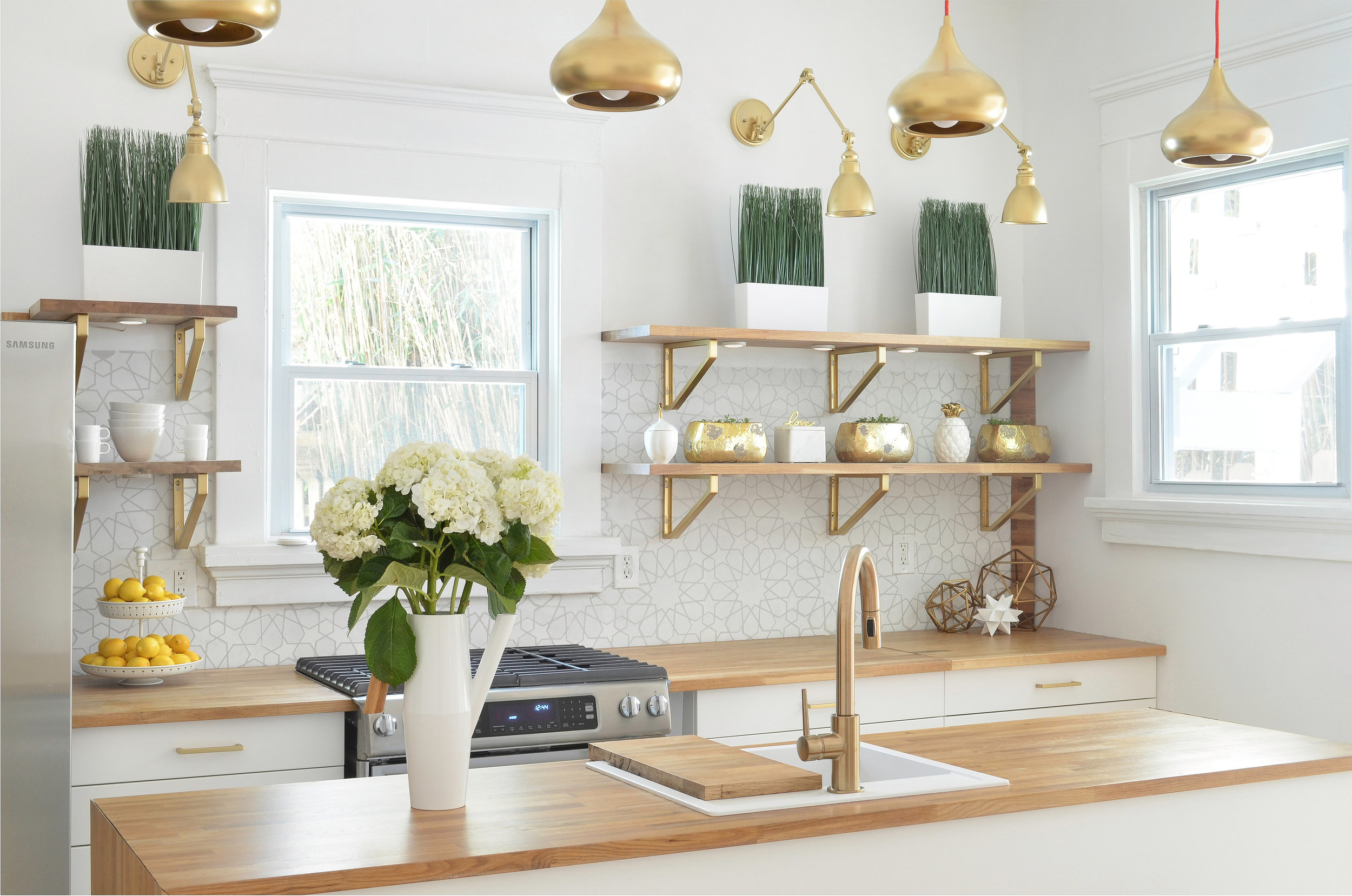 KitchenAngle.jpg