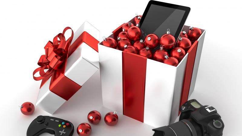 gift-ideas-for-techies.jpg