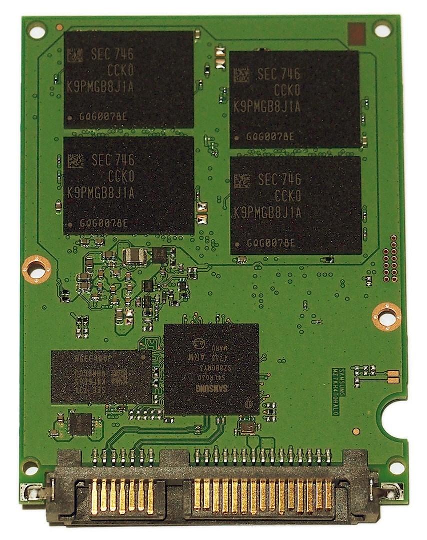 big_samsung-ssd-860-pro-pcb-1a.jpg.jpg
