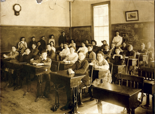 Education has improved a lot since this photo was taken - Check out our 5 awesome tips!