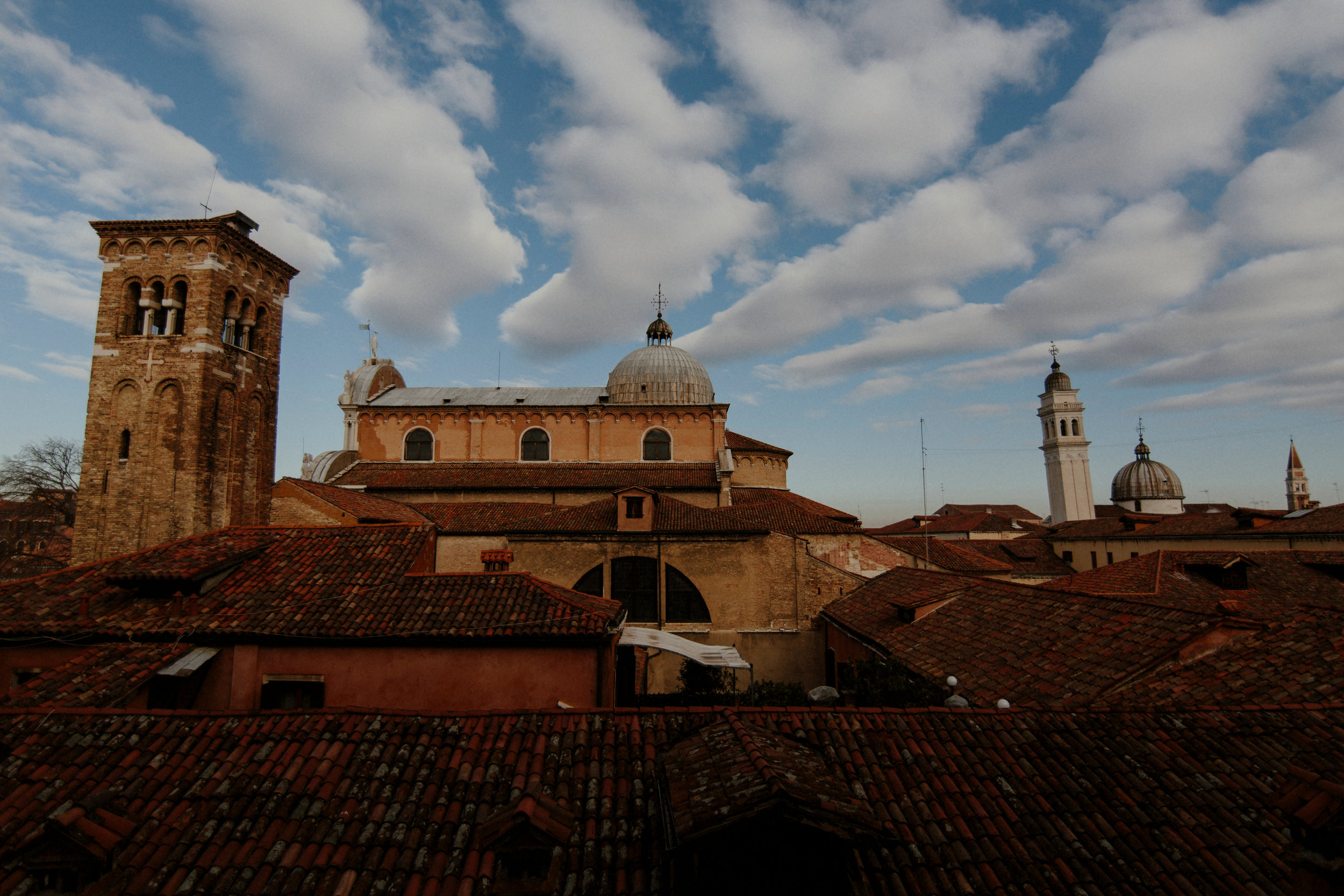 Italy Happily Shavers Website-3Italy Happily Shavers Website Grain.jpg