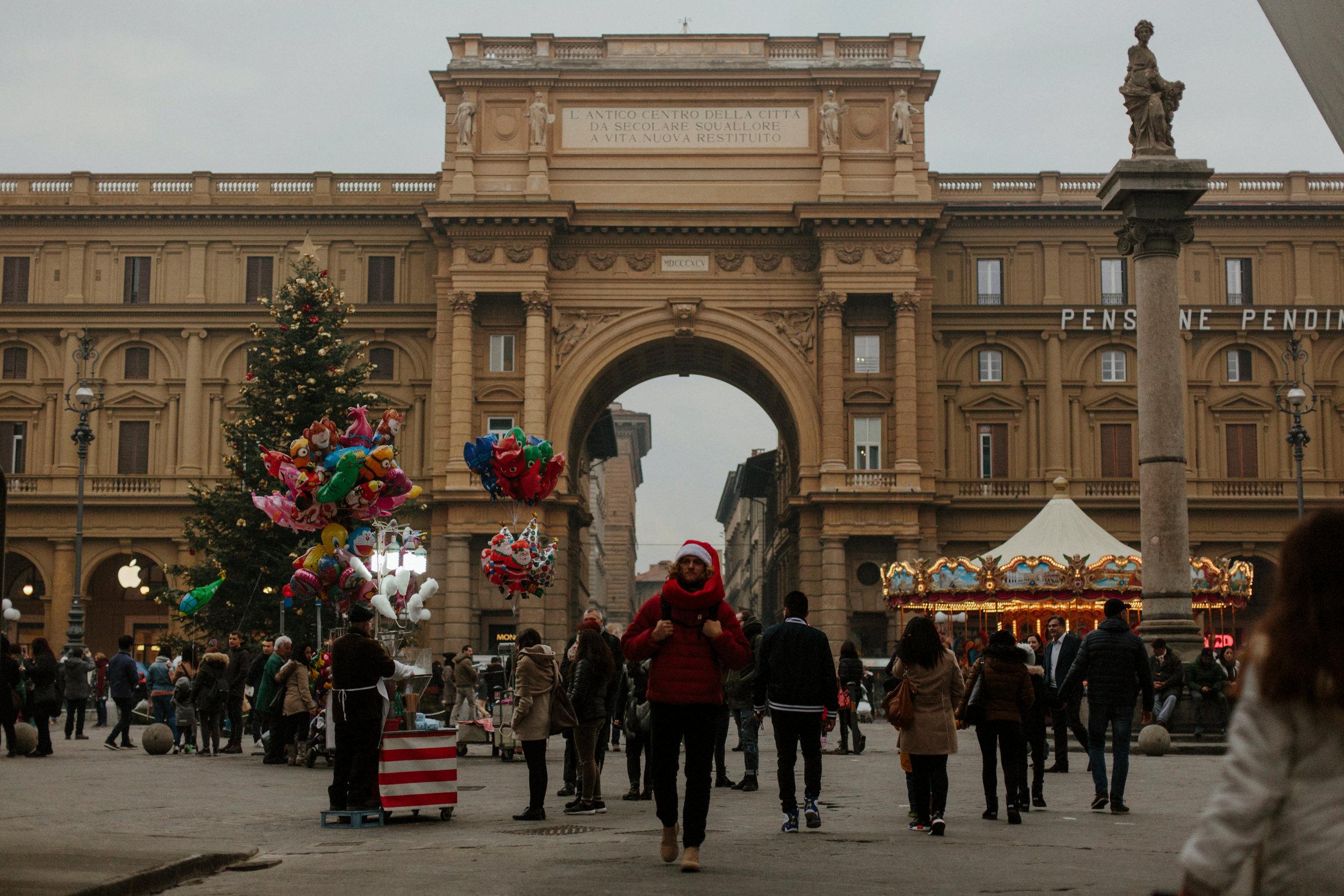 Italy Happily Shavers Website-74Italy Happily Shavers Website Grain.jpg