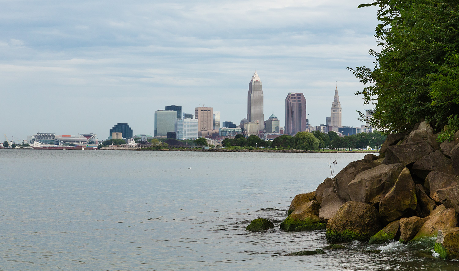 Cleveland Skyline 2018 from Edgewater Park