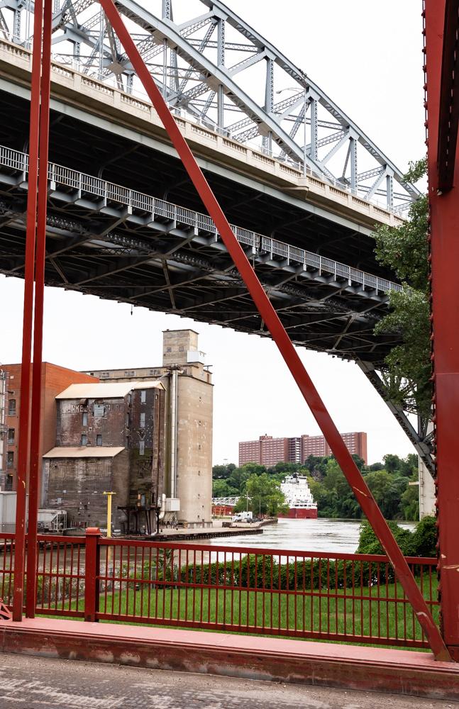 Great Republic heading up the Cuyahoga River, looking through the Center Street Bridge under the Detroit Superior Bridge.
