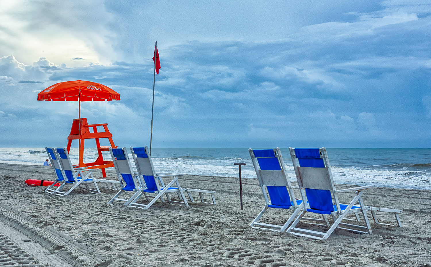 Lifeguard Chair With Beach Chairs