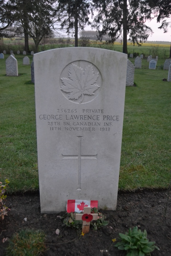 Grave of Private George Lawrence Price, last Commonwealth soldier to die in World War One.