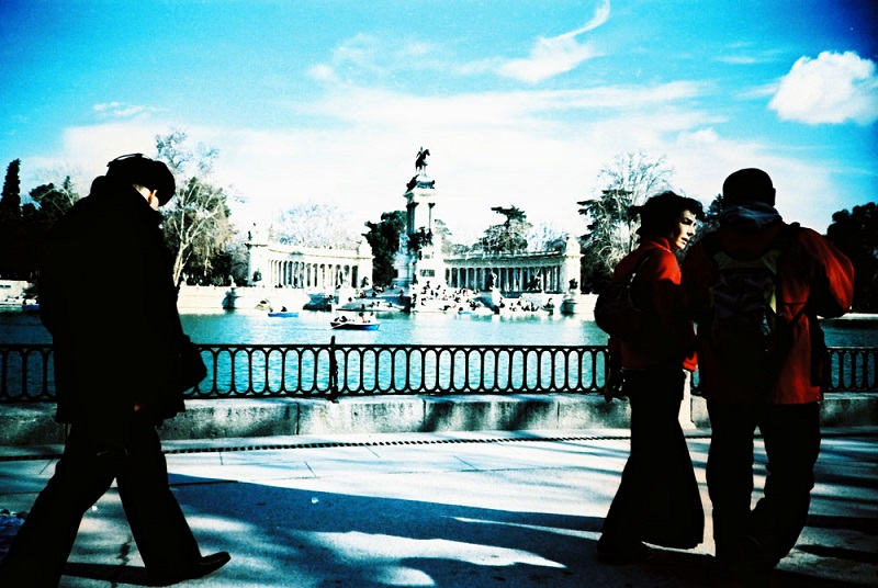 Lomographic photo of Retiro Park. Courtesy flickr user Ser… Ser…