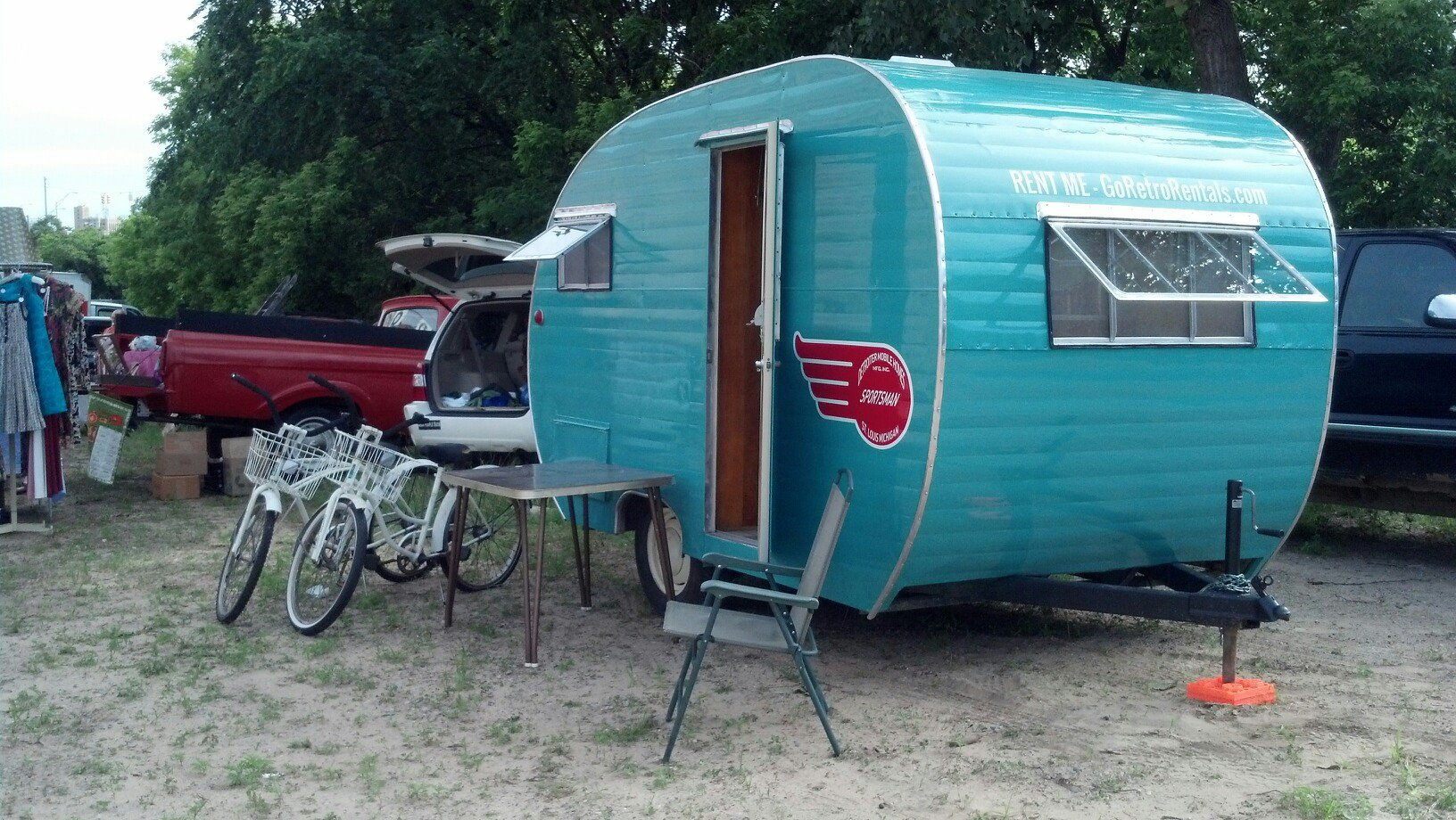 retro trailer for rent