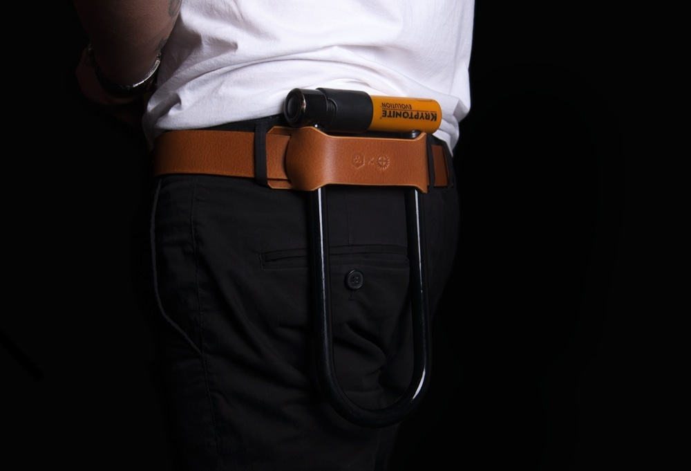 gift-guide-cyclist-u-lock-holster