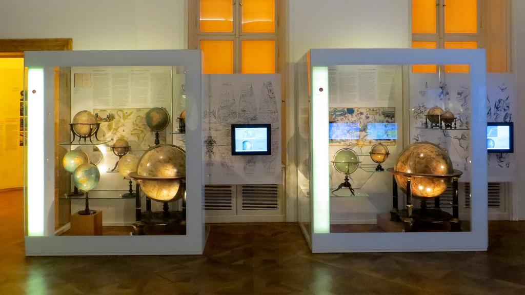 globe-museum-vienna