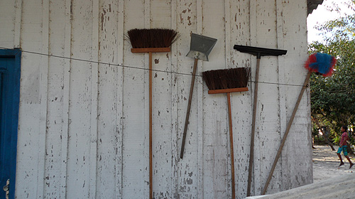 kambeba-tribe-brazil-brooms